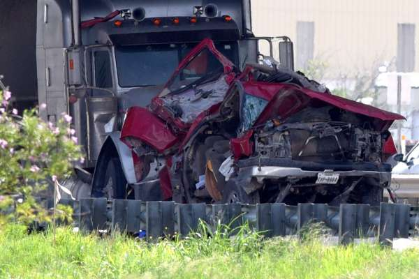 Joshua L. Warren Killed in Two-Vehicle Wreck