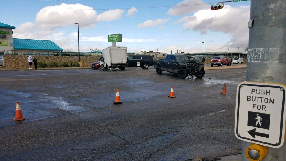 Multiple Injured in Four-Vehicle Wreck in El Paso
